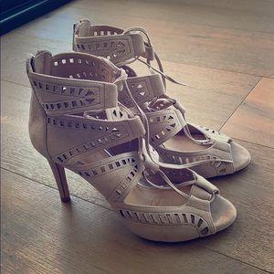 Size 6.5 Antonio Melani heels